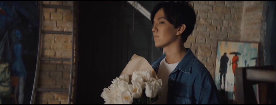 "Dimash Kudaibergen released a video for the song ""Akkuym"" for the 8"